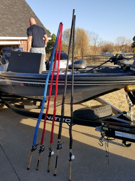 The event started out at home. We weren't sure of about tournament etiquette....can we fish the lake too?? We decided that we could not be on any lake and not have our gear ready to go. Just wouldn't be right.