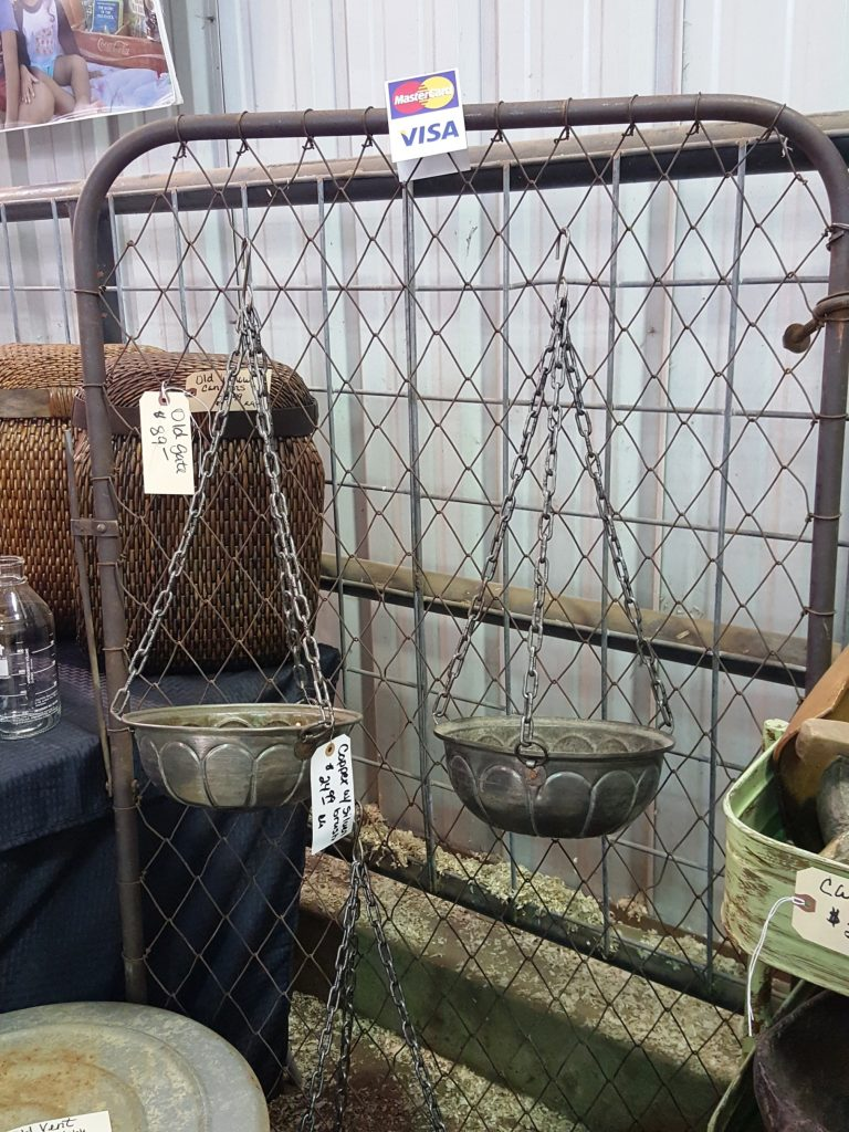 vintage market days - copper planter